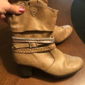 Other - Sold! Girls boots! Size 1